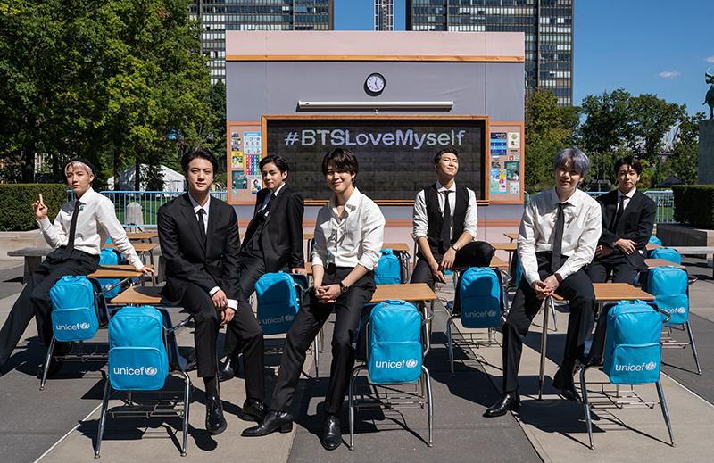 """방탄소년단 """"LOVE MYSELF 캠페인"""" 한국 파트너십 최초 유니세프 2021 '세계아동현황 보고서'에 소개"""